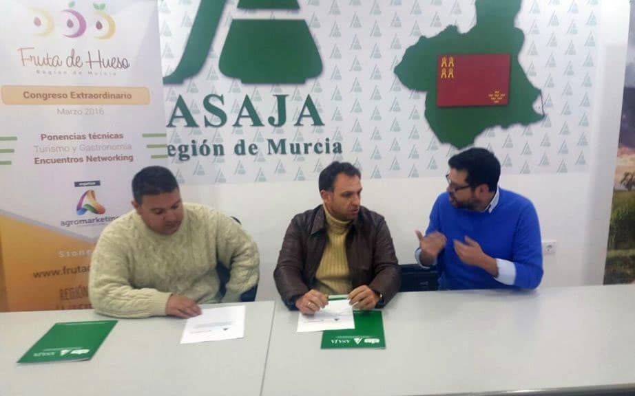 ASAJA se suma al impulso y la promoción del Congreso de Fruta de Hueso